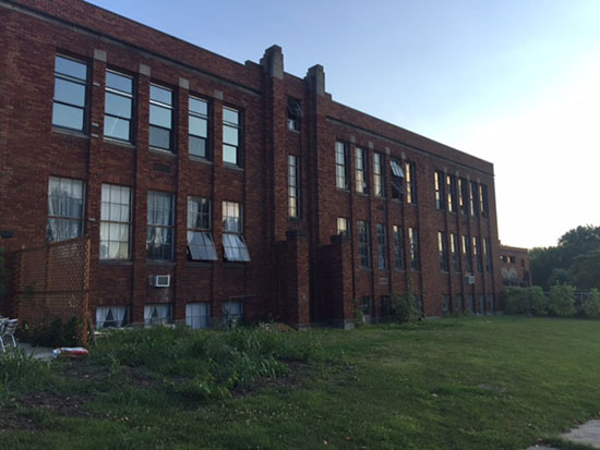 HauntedIllinois.com - Kaylan Schardan's Review of Alton's Haunted Milton School. The Milton School in Alton, Illinois no longer operates as a functional school but many say that children are still seen and heard throughout the building.