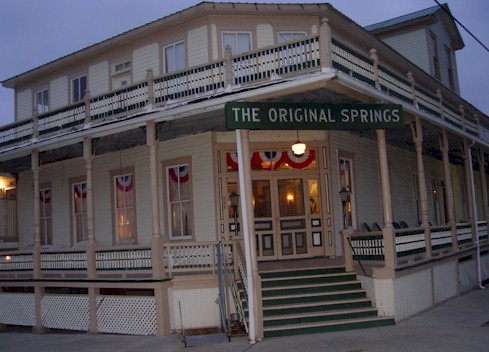 HauntedIllinois.com - Troy Taylor's review of the Original Springs Hotel in Okawville, Illinois.